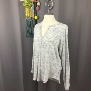 Gap gray marled print henley long sleeve tshirt
